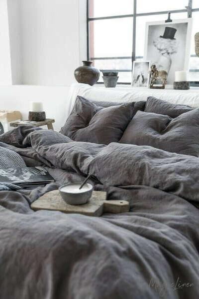 Серое постельное бельё