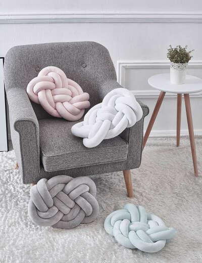 Разные подушки-узелки