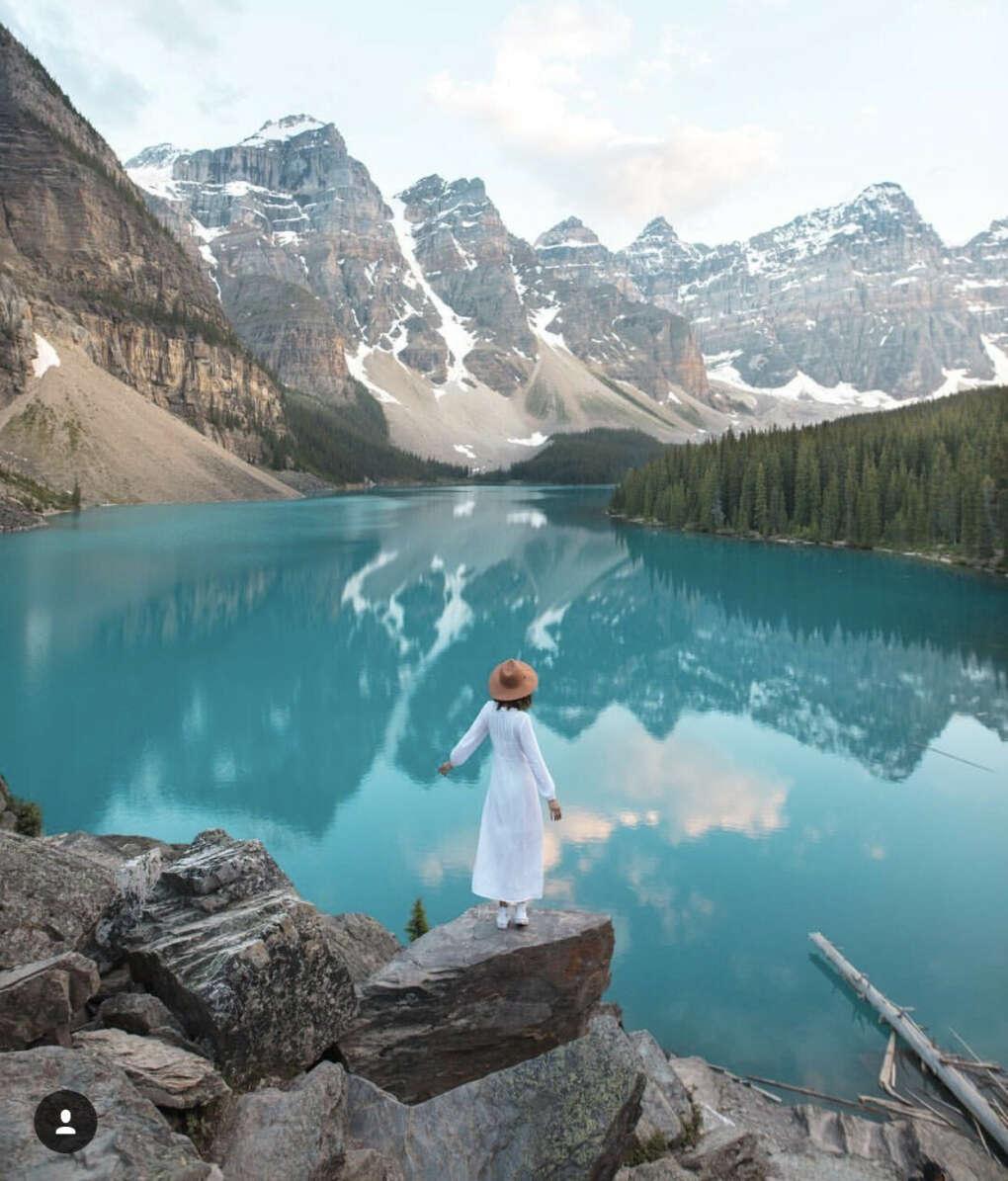 Trip to Moraine Lake (Canada)