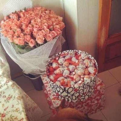 Розы и киндеры