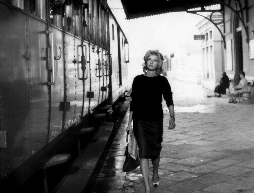 Посмотреть 25 фильмов из классики кинематографа