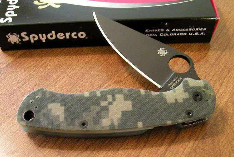 SPYDERCO New Camo G-10 Handle Para Military 2 Black Plain S30V Bld Knife/Knives