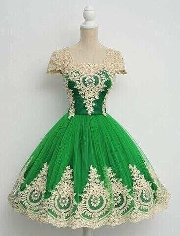 Зелёное винтажное платье