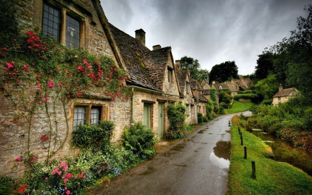 Бибури, Англия