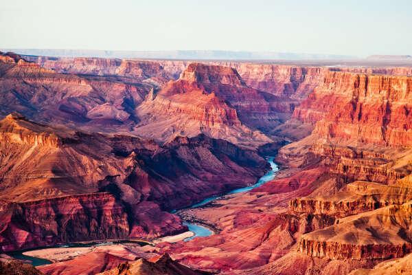 Посетить Grand Canyon в США.