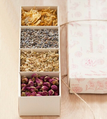 Коллекцию травяных чаев