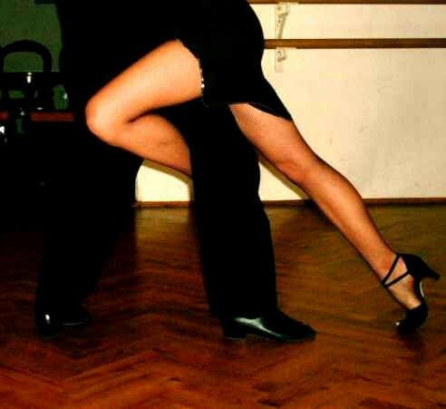 брать уроки танго