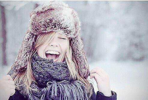 Хочу,чтобы люди чаще улыбались и были добрее.