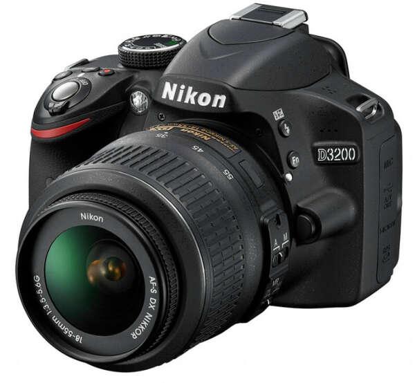 Nikon D3200 Kit 18-55 II (черный)