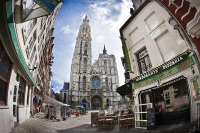 Поездка в Антвертен, Бельгия