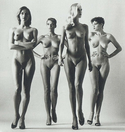 "Постер Helmut Newton ""They Are Coming"""