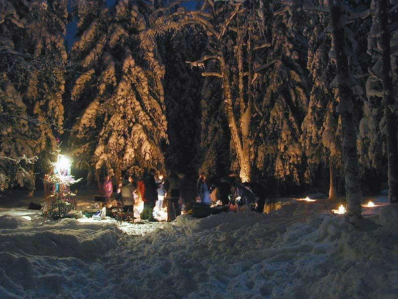 отметить новый год в лесу у костра