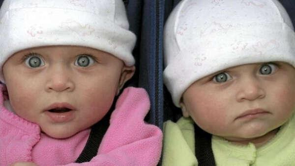 Королевскую двойню родить)))