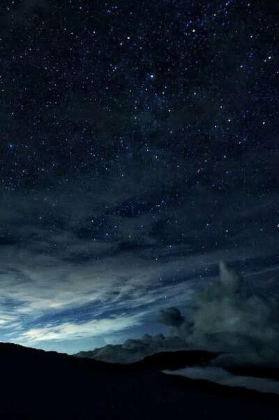 Полежать на траве и полюбоваться на звезды