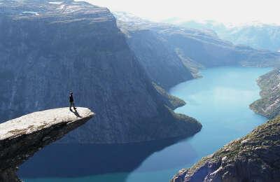 Поехать в Норвегию...