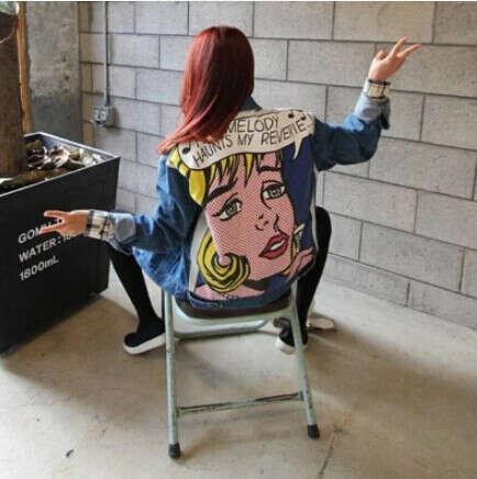 Куртка из джинсы с принтом на спине