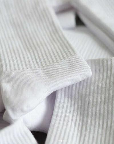 Белые женские однотонные высокие хлопковые носки