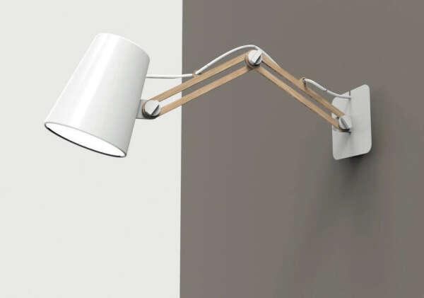 Лампа на стену на рабочее место