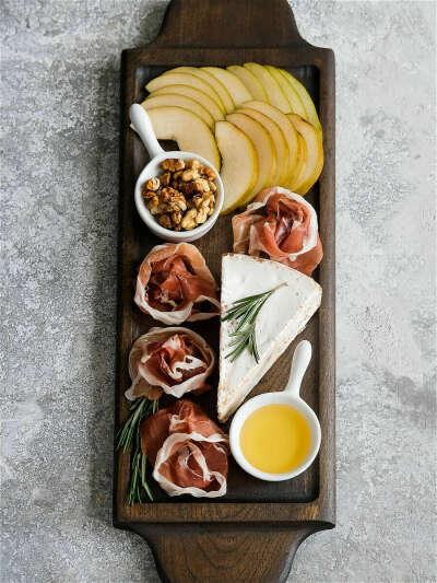 Foxwoodrus / Доска для сыра и закусок