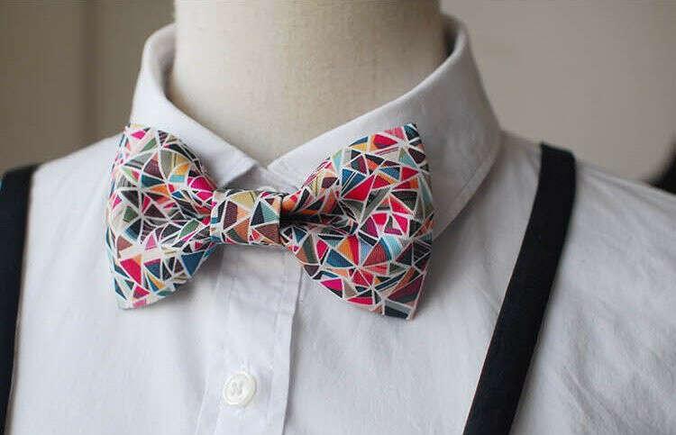 галстук-бабочку