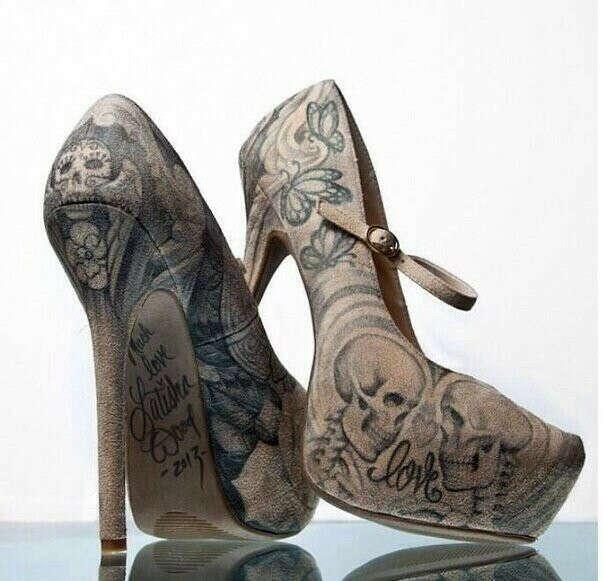 Татуированные туфли