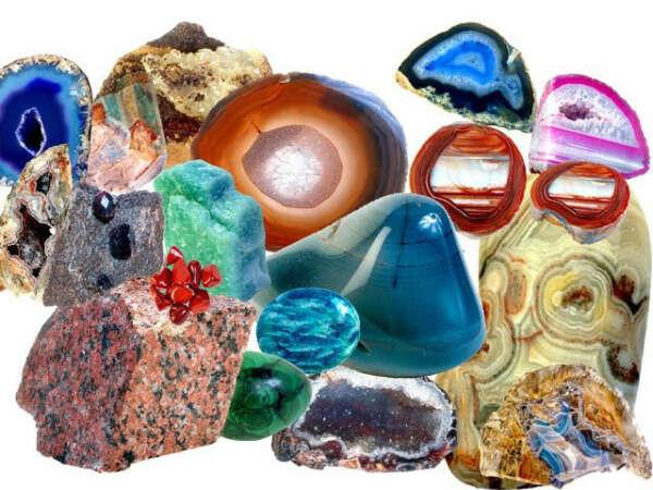 Разные красивые камни и минералы