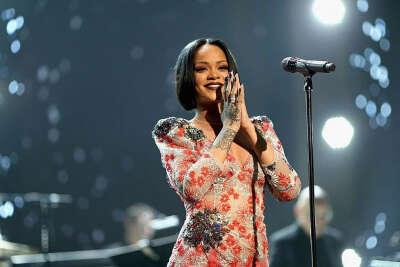 Съезить на концерт Rihanna