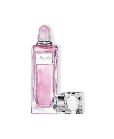 Dior Miss Dior Blooming Bouquet Туалетная вода с роликовым аппликатором купить по цене от 2858 руб в интернет магазине SEPHORA | C099600080