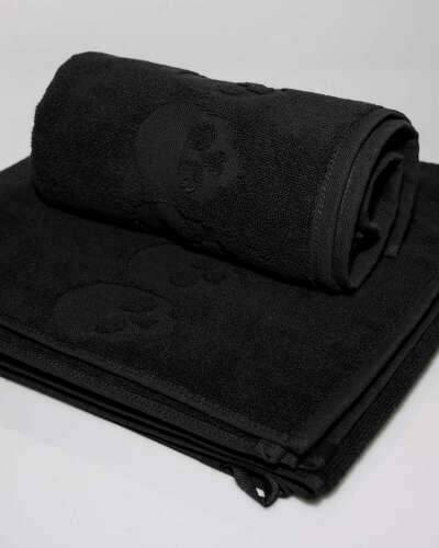 Набор черных полотенец с черепами от Фрик-бутика