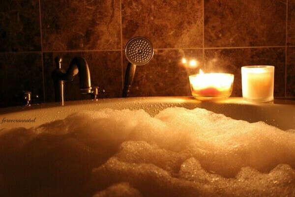 Ванна при свечах