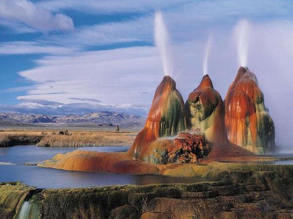 Побывать в  Yellowstone National Park