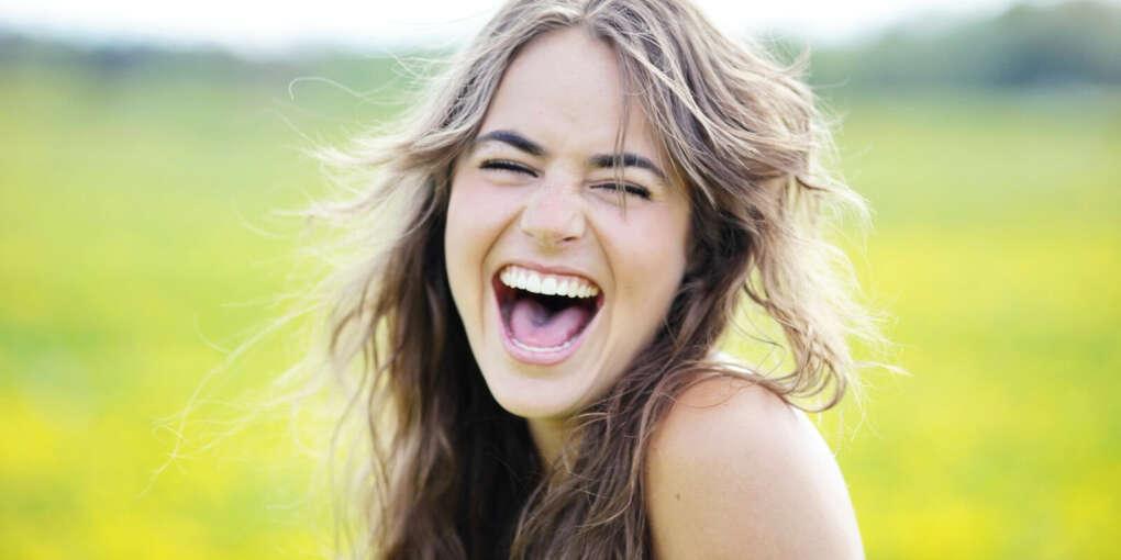 Научиться смеяться от души