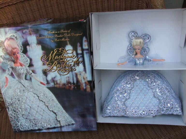 Bob Mackie Madame du Barbie Doll 1997 Limited Edition