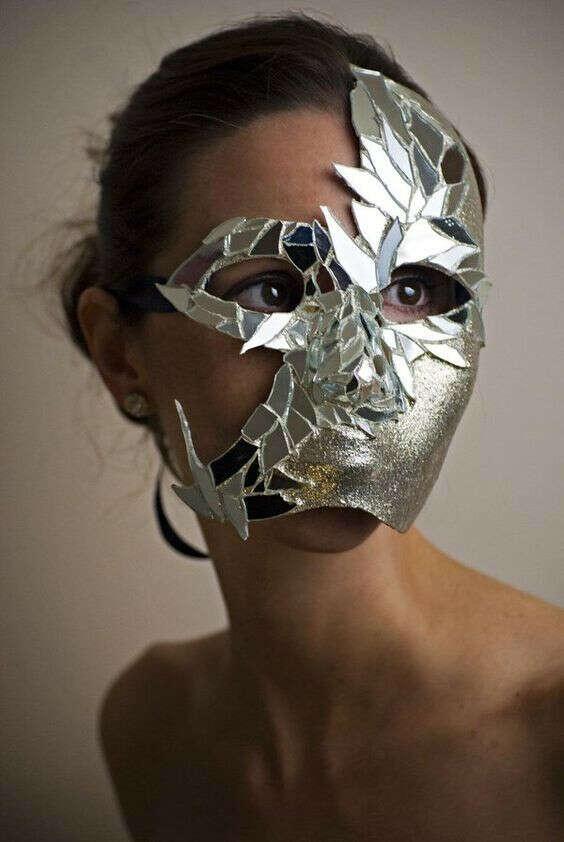 Такая маска
