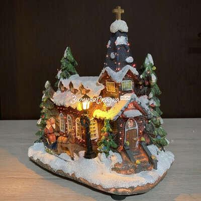 Рождественский домик с подсветкой Заснеженная Церквушка 27 см (Kaemingk)