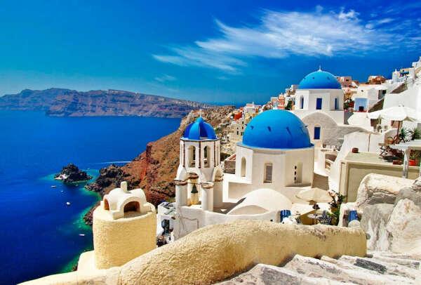 Съездить в Грецию