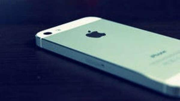 хочу починить айфон:(