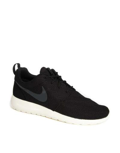 Nike Roshe Run Trainers