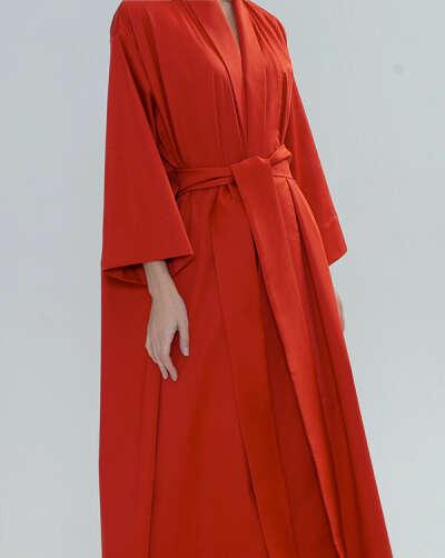 Красное платье-кимоно