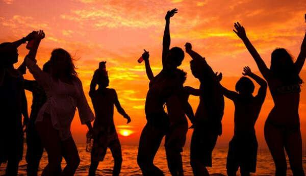 Хочу на море с любимым/друзьями