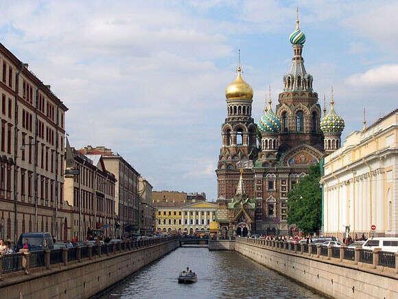 учиться в Санкт-Петербурге
