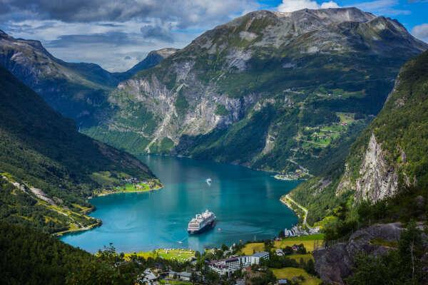 Съездить в Норвегию