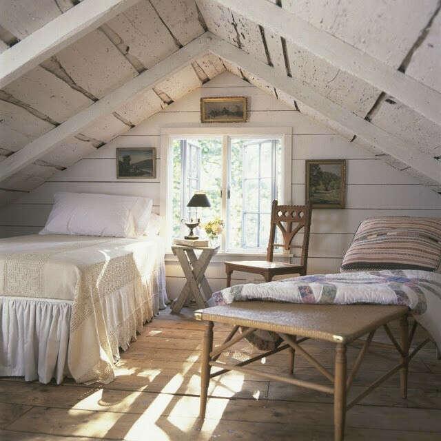Уютную комнату на чердаке
