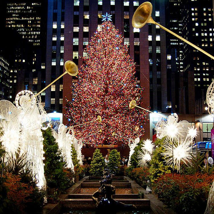 встретить Рождество в Нью Йорке.