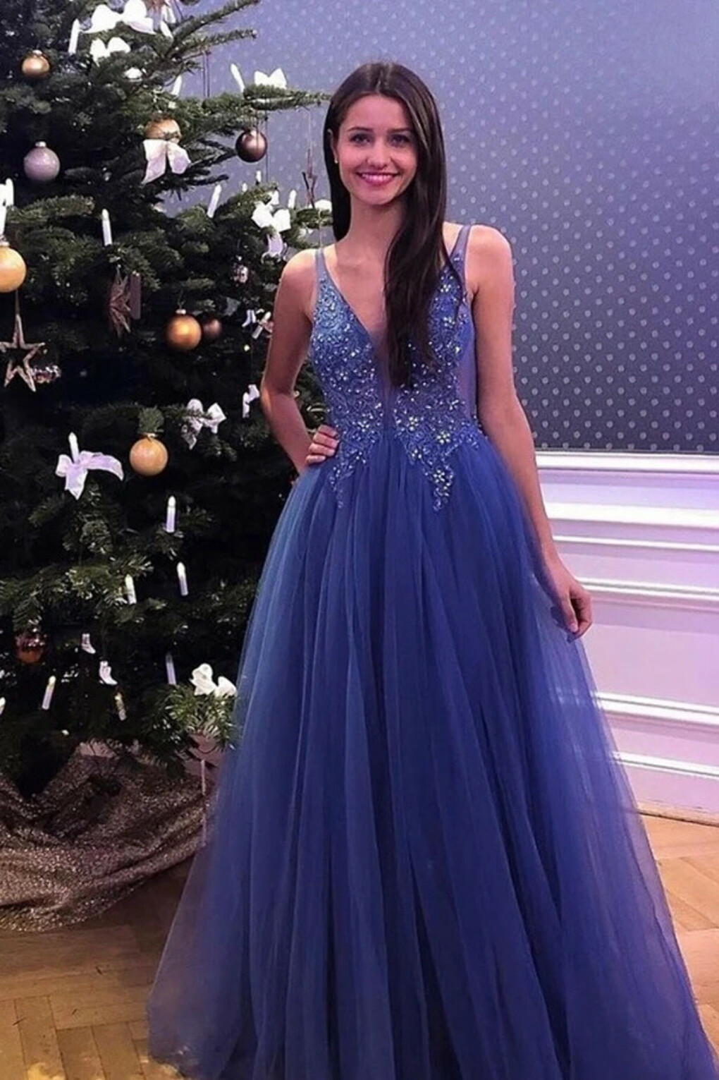 Promfast Flowy V neck Simple Lace Tulle Beading Long Blue A line Party Prom Dresses PFP1983