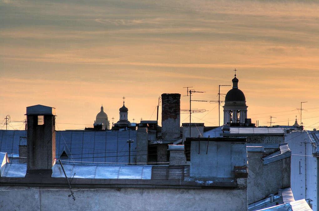 на крышу
