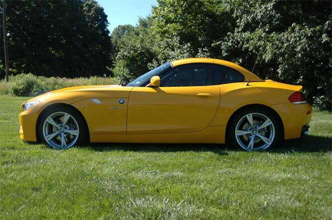 BMW Z4 yellow