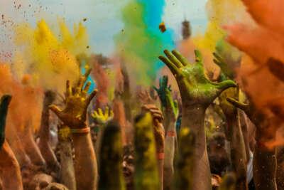 Принять участие в Фестивале Красок