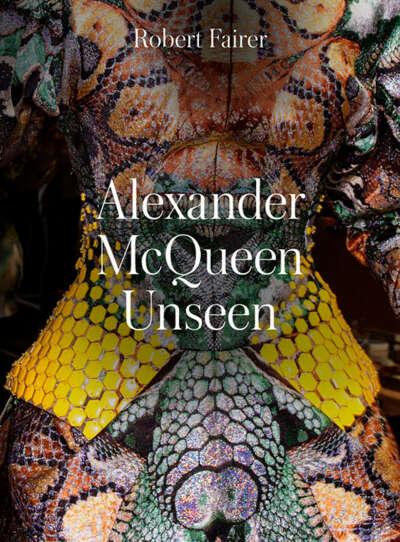 Книга Alexander McQueen