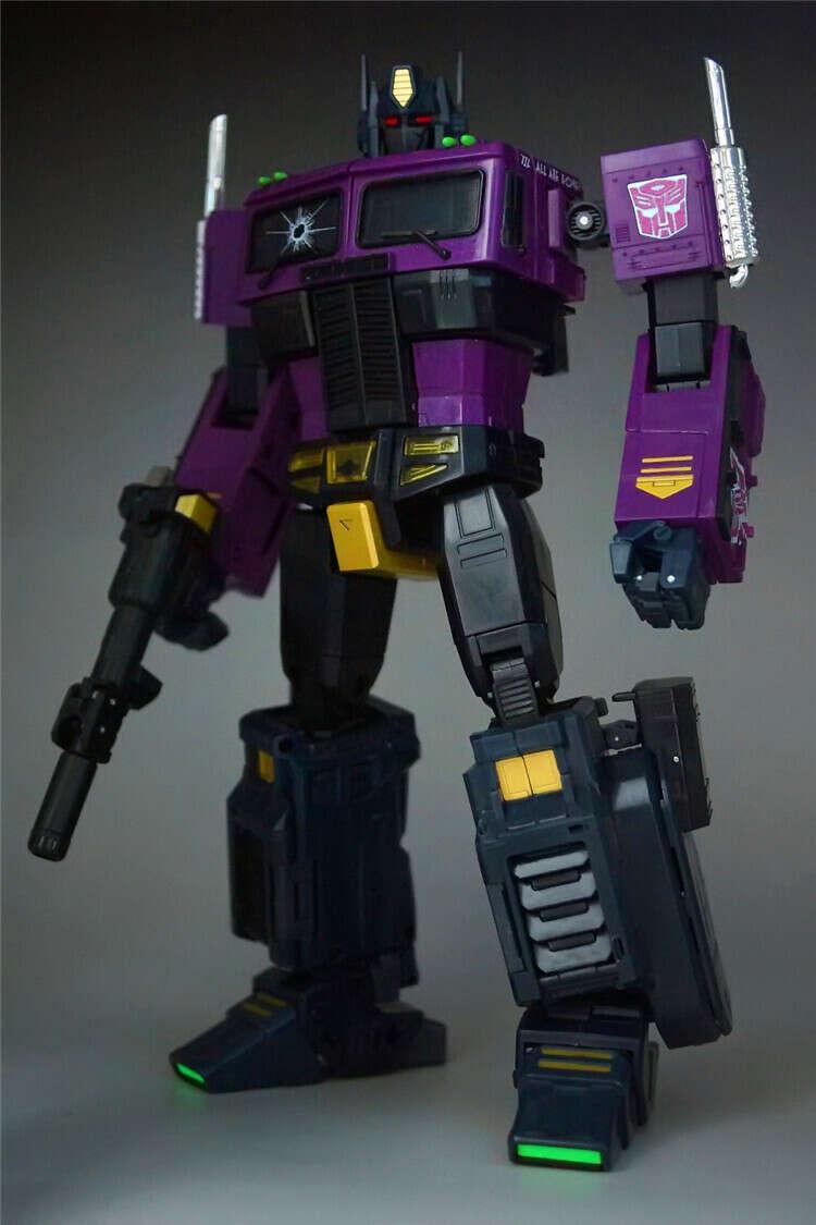 Фиолетового Оптимуса (чта?! 0_о)